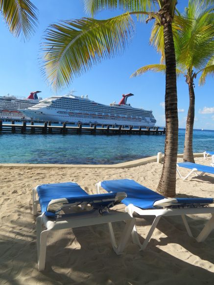 What to Pack for a Carnival Cruise